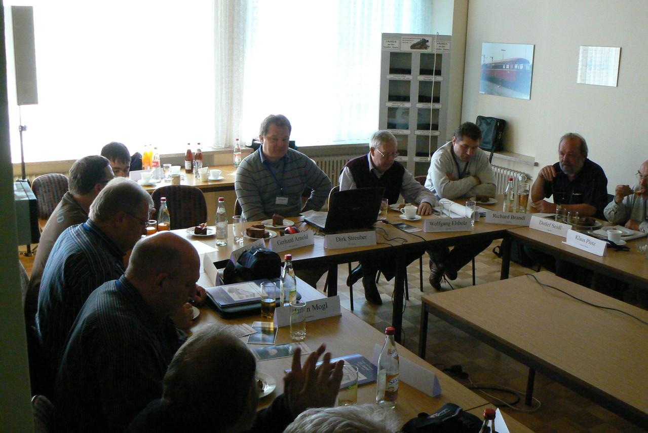 Betatester Dirk Streuber und Wolfgang Elsholz leiten das 2. WDP-Anwendertreffen