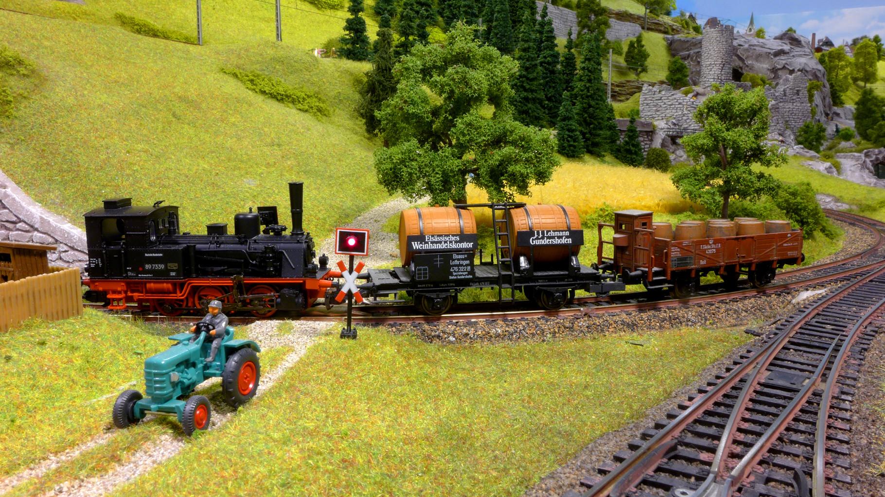 BR 89 7339 von Trix mit LokSound von ESU