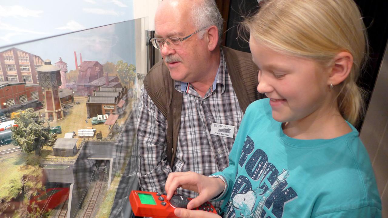 Kinderleichte Steuerung des Bahnbetriebswerks