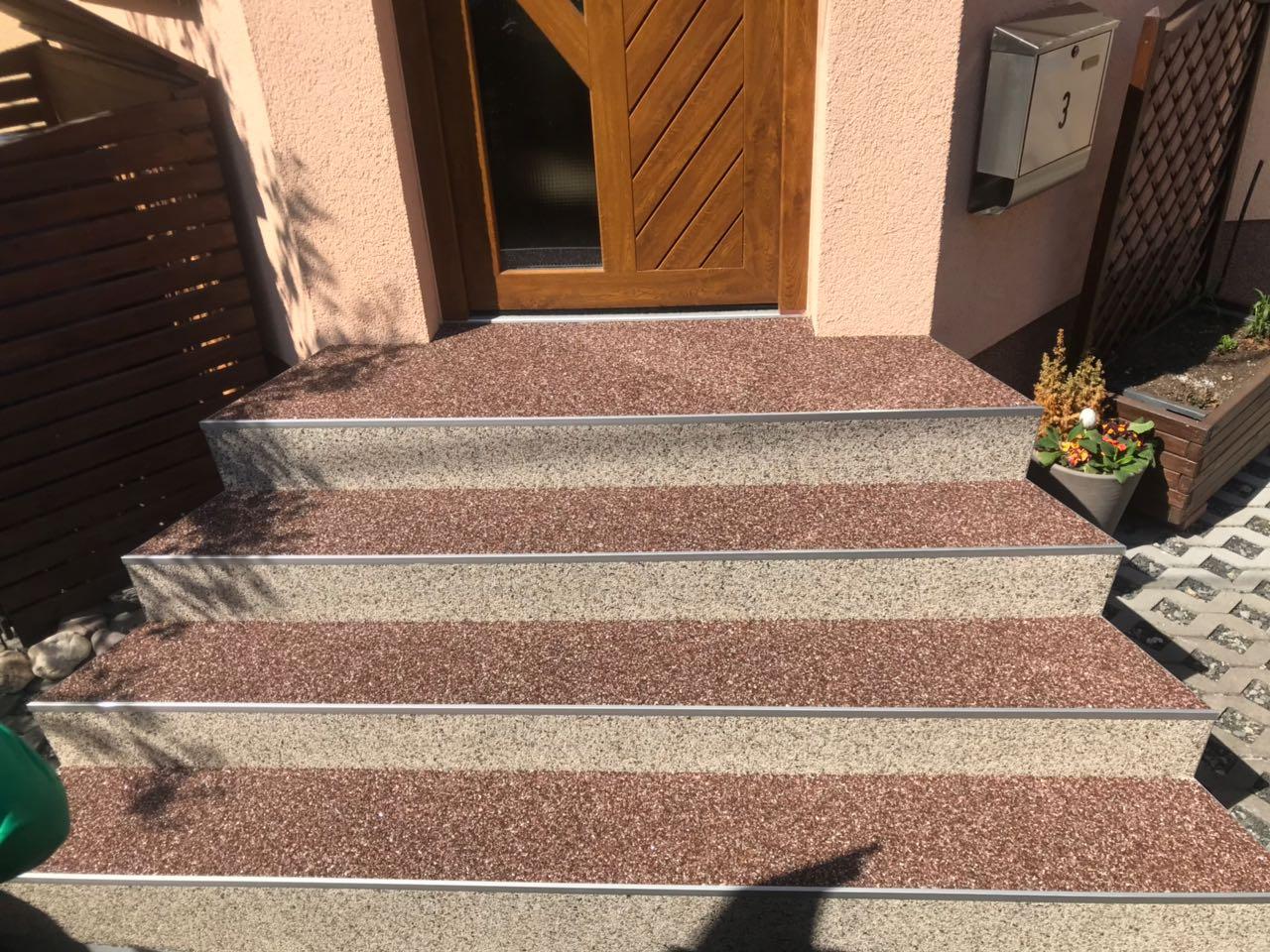 Zweifarbiger Steinteppich bei Meiningen