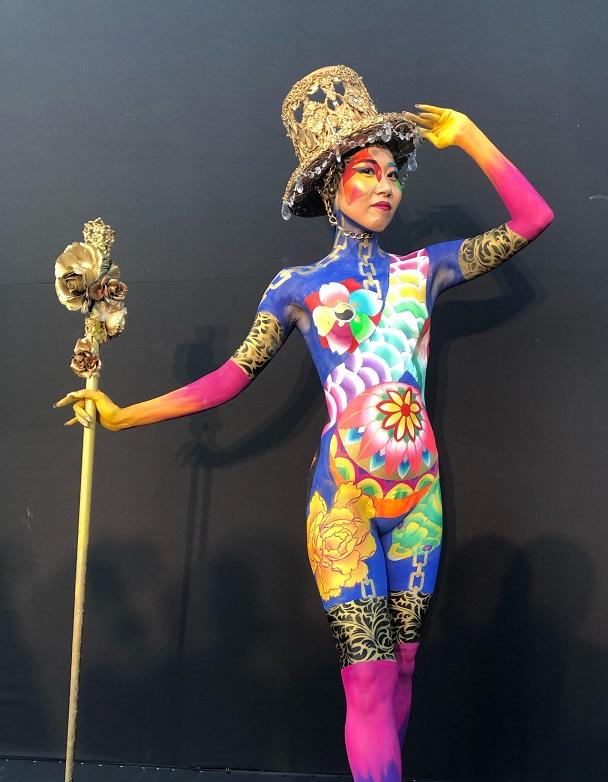 ボディペイントの世界大会、今回も特別賞を受賞!