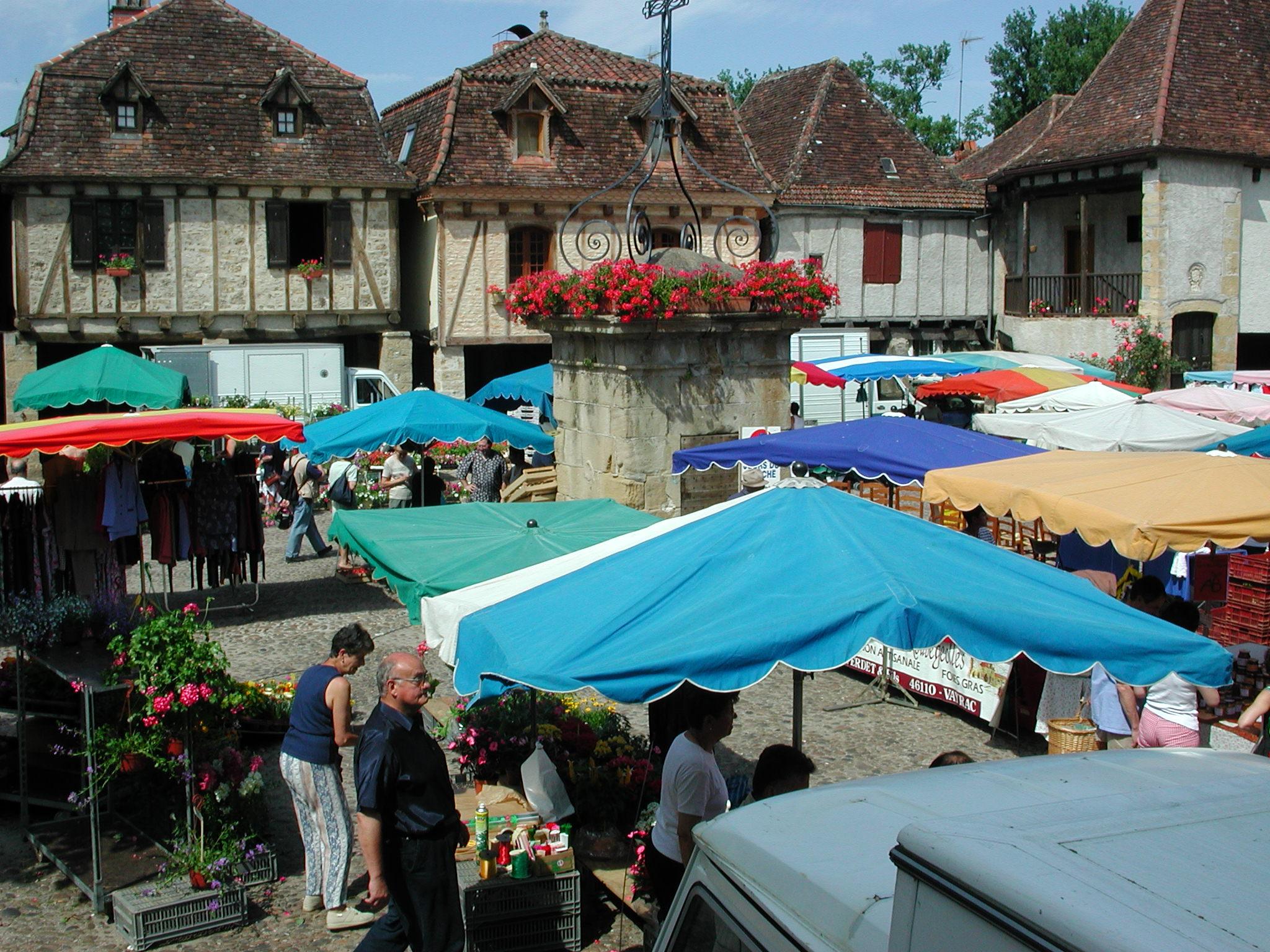 Le marché de Bretenoux