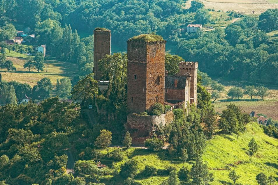 Le château de St Laurent les Tours