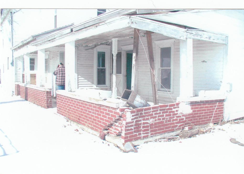 farmhouse - outside, before