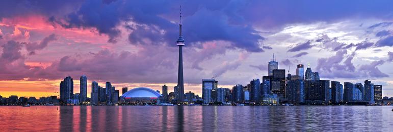 Vue sur la skyline de Toronto depuis ses îles - Photodune - Toronto Kyline - Auteur : elenathewise