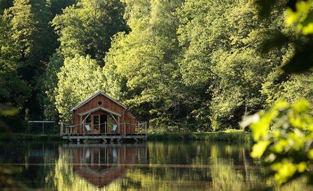 Le Moulin de la Jarousse - Dormir dans une cabane flottante