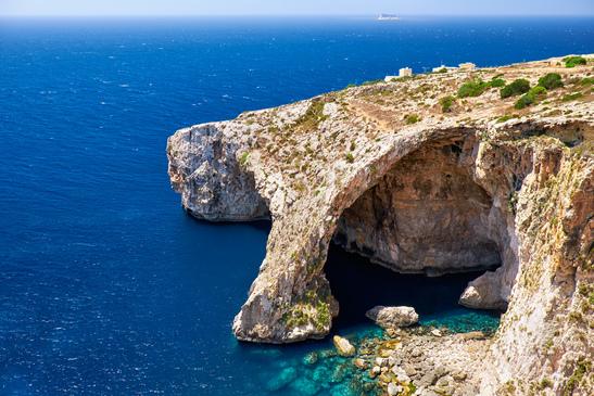 Vue imprenable sur Blue Grotto à Malte ! Source : Photodune - Auteur : zastavkin