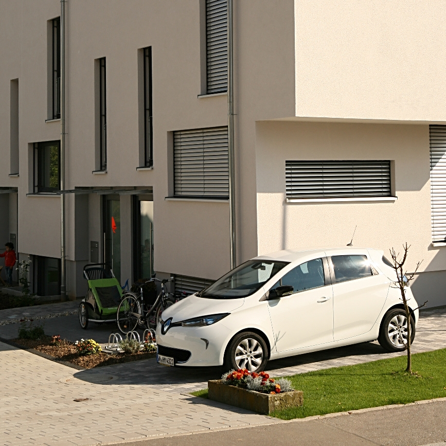 familientaugliche Elektrofahrzeuge, Integration in Hausenergiesystem