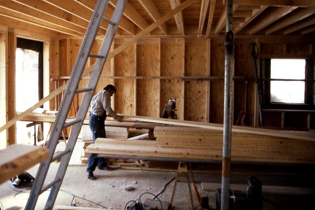 Innenhaus aus zweischaliger Holzrahmenbauweise, supergedämmt