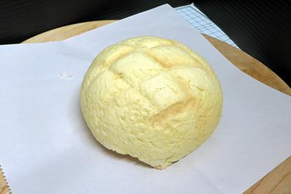 パン工房のメロンパン