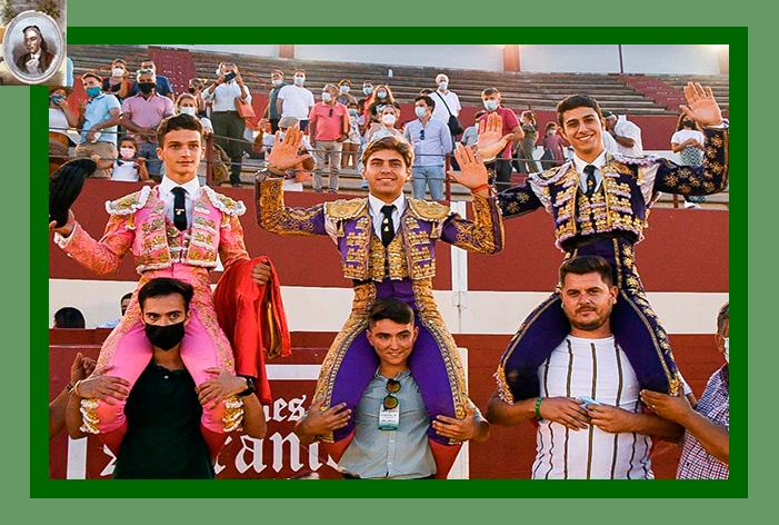 II del XXII Encuentro Andaluz: Juan Jesús Rodríguez, dos y rabo, a hombros con Carlos Fernández y Manuel Casado, en Utrera