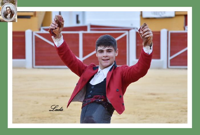 José Luis de la Torre, triunfador en Ubrique al cortar dos orejas en la V Selección de Becerradas
