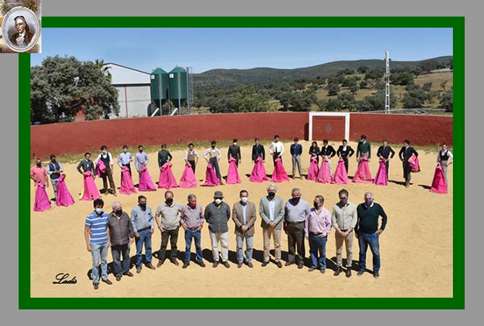 Miguel Briones presidió en la ganadería Sampedro la II selección de alumnos para participar en las novilladas televisadas de Canal Sur TV