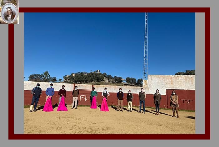 Gran tentadero de los alumnos de la Escuela Comarcal Taurina de Ubrique en la ganadería de Castillo de Azuel