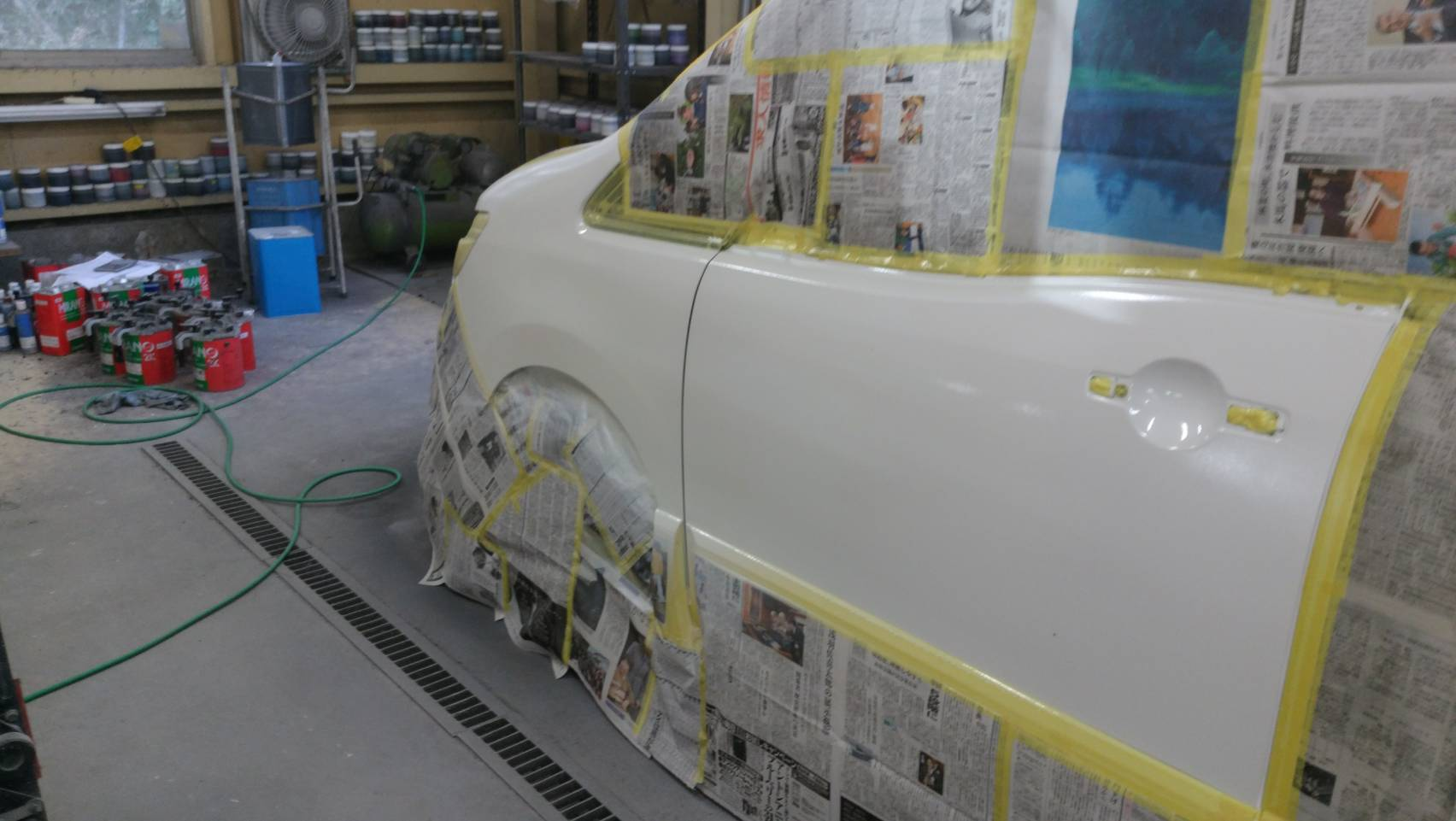 ボデーマスキング後、塗装施工