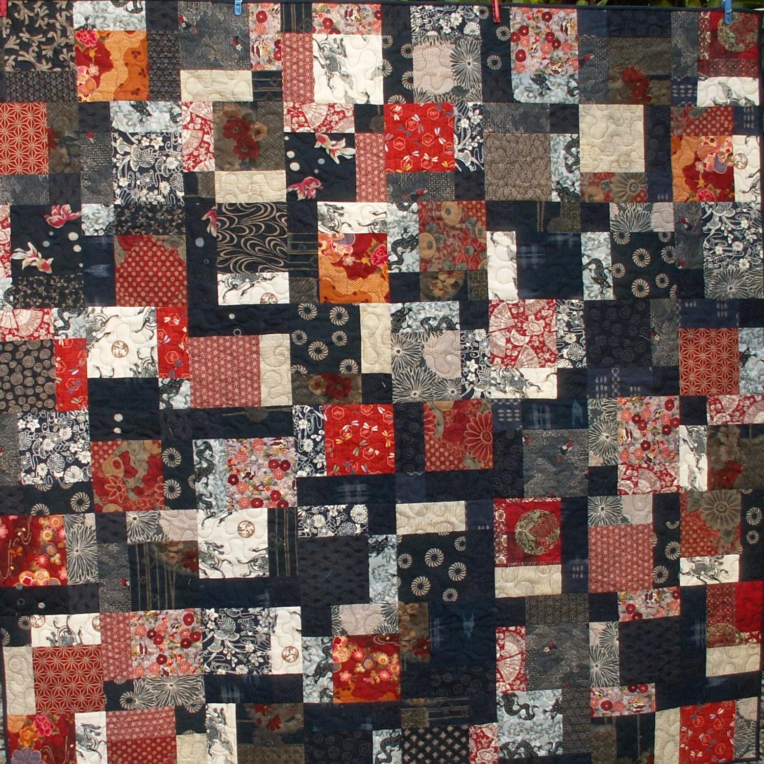 """Quilt réalisé par Béatrice De Nève Pollet -création - modèle du """"disappearing nine patch"""" - tissus rapportés du Japon"""