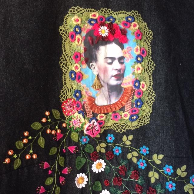 Feutrine brodée - création Fleurs et Feutrines - Nathalie Champion