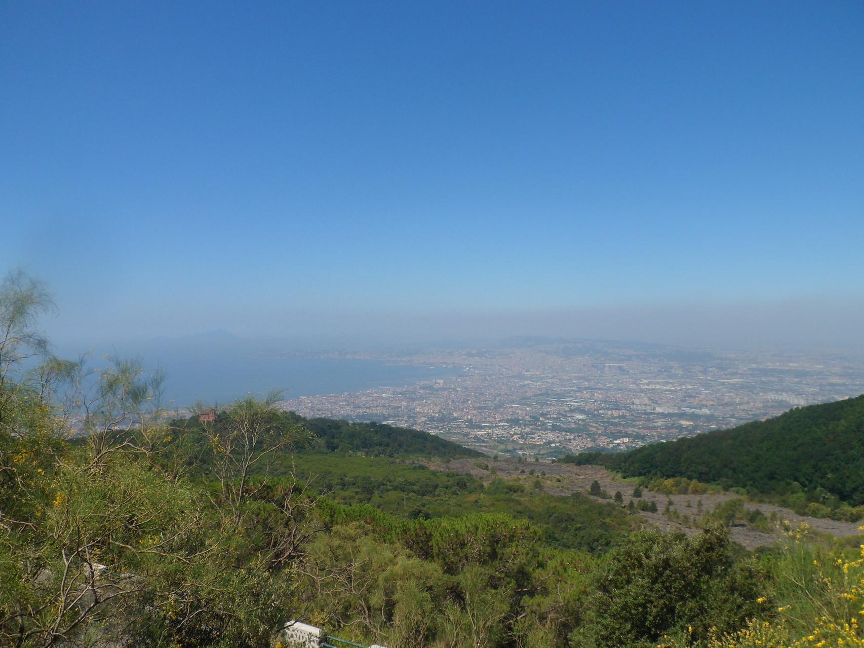 Vista de la bahía de Nápoles desde el Vesubio