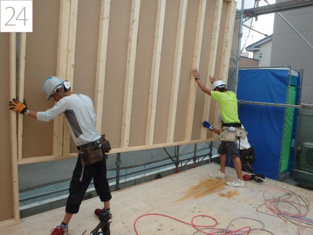 24.1階の壁を施工します。
