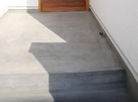 ハコイエ玄関ポーチの画像
