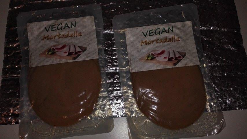 Kommt der Fleisch Mortadella sehr nahe. Ein Milder würziger Geschmack.