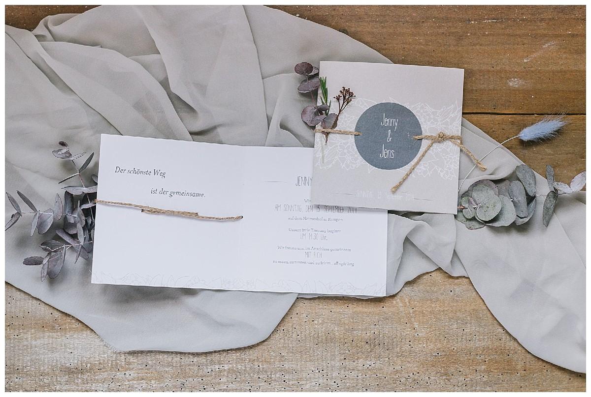 Papeterie Flatlay Neimeshof Kempen boho Hochzeit freie Trauung Scheunenhochzeit Hochzeitsfotograf Niederrhein Jane Weber