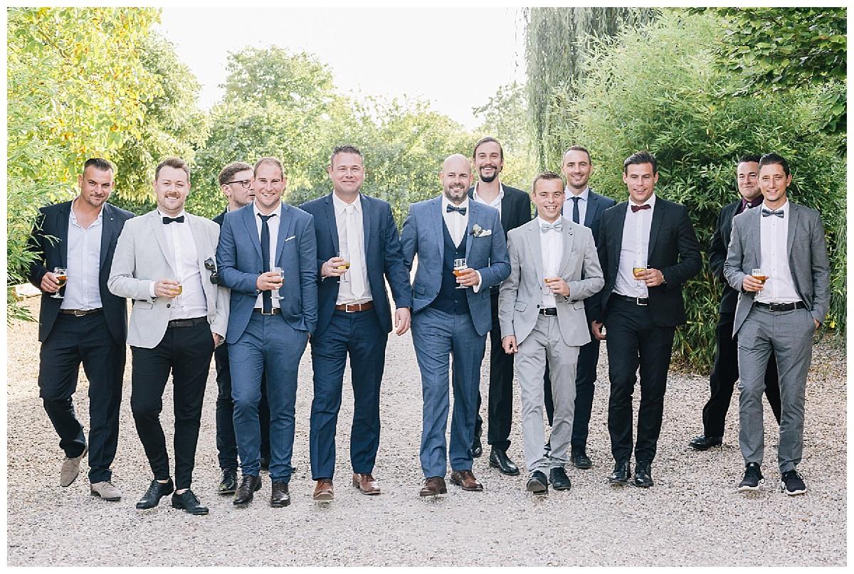 groomsmen Neimeshof Kempen boho Hochzeit freie Trauung Scheunenhochzeit Hochzeitsfotograf Niederrhein Jane Weber