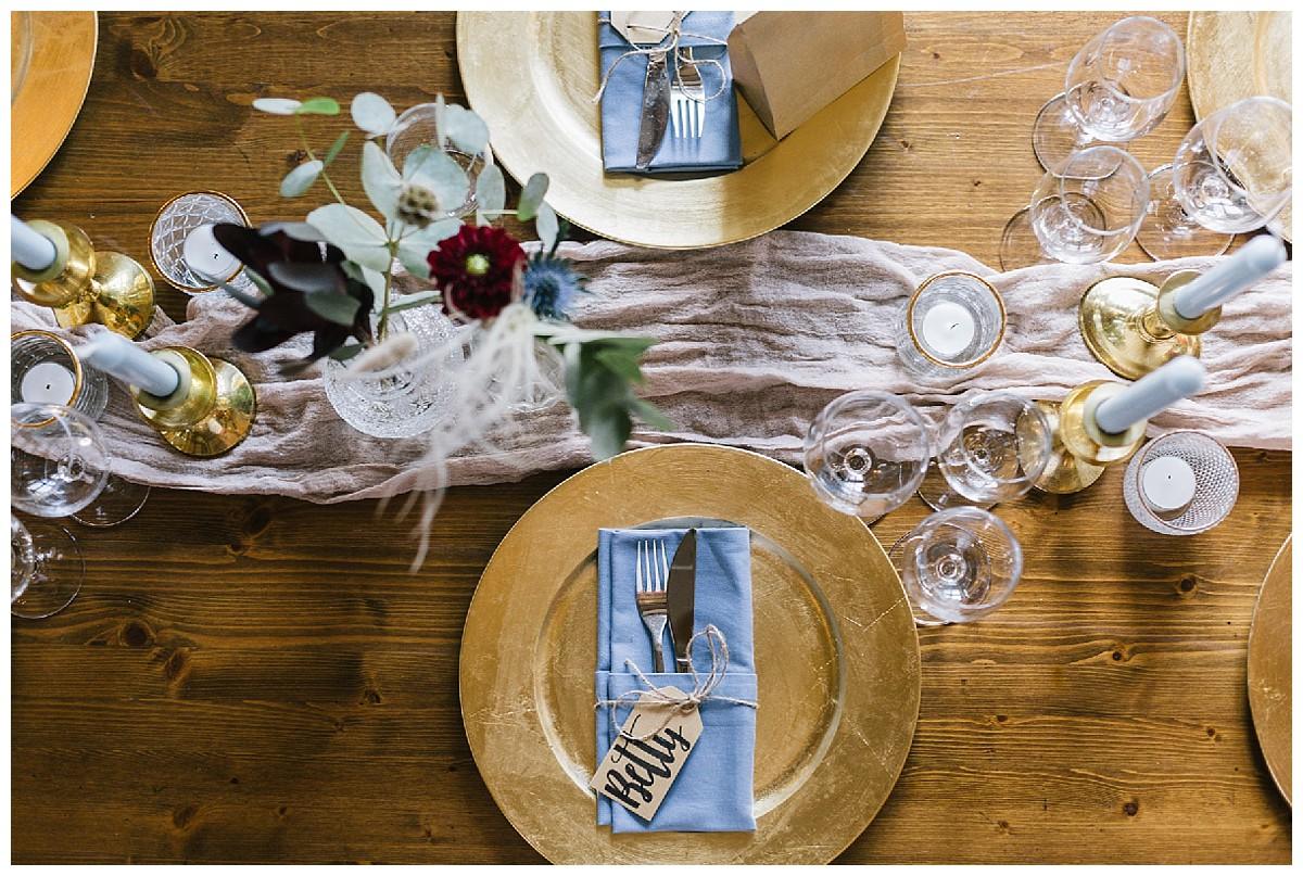 tablesetting boho wedding goldteller Neimeshof Kempen boho Hochzeit freie Trauung Scheunenhochzeit Hochzeitsfotograf Niederrhein Jane Weber