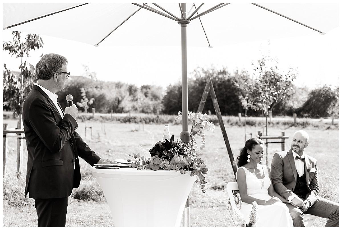 Gartenhochzeit Neimeshof Kempen boho Hochzeit freie Trauung Scheunenhochzeit Hochzeitsfotograf Niederrhein Jane Weber