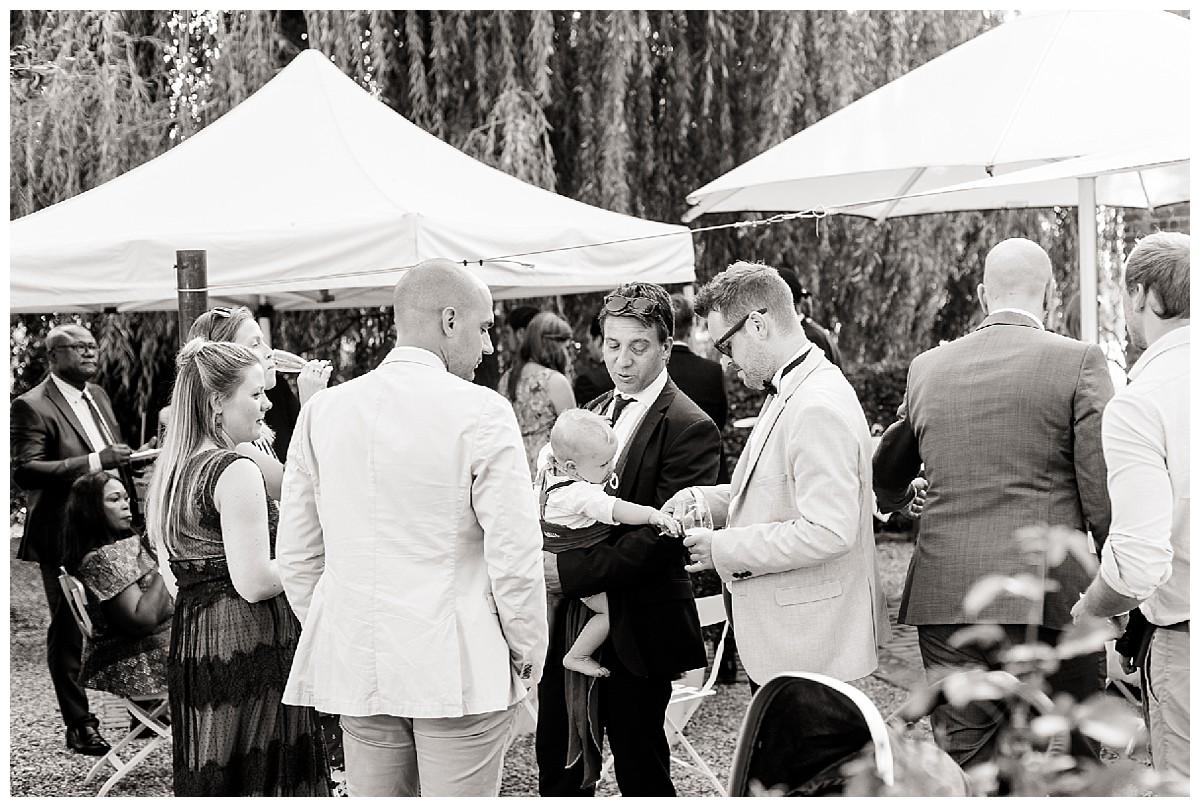 Sonnenschirme Neimeshof Kempen boho Hochzeit freie Trauung Scheunenhochzeit Hochzeitsfotograf Niederrhein Jane Weber
