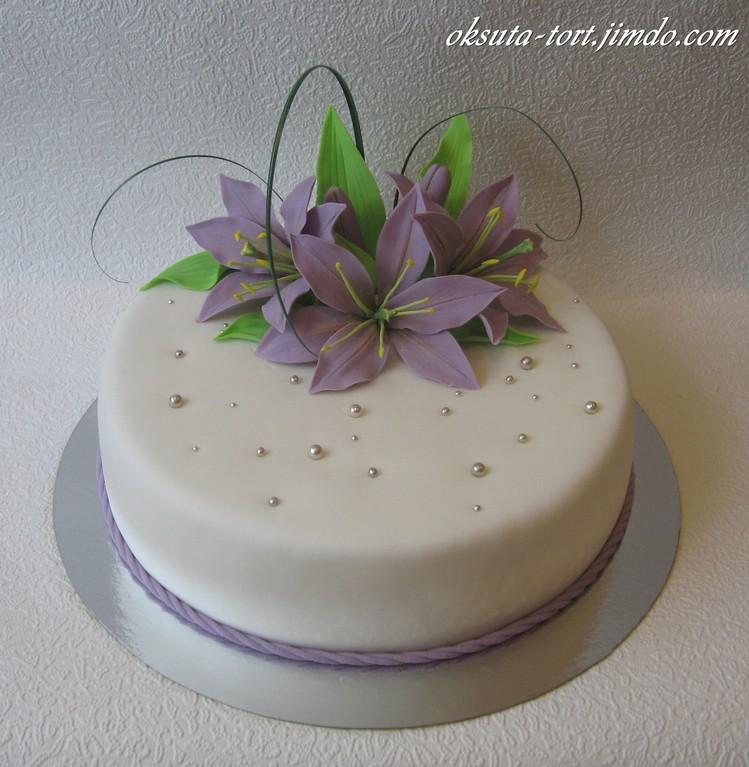 Торт с лилиями, вес 2 кг