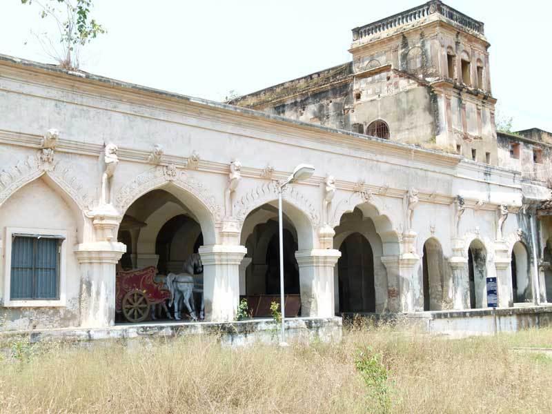 Im Maharadja Palast