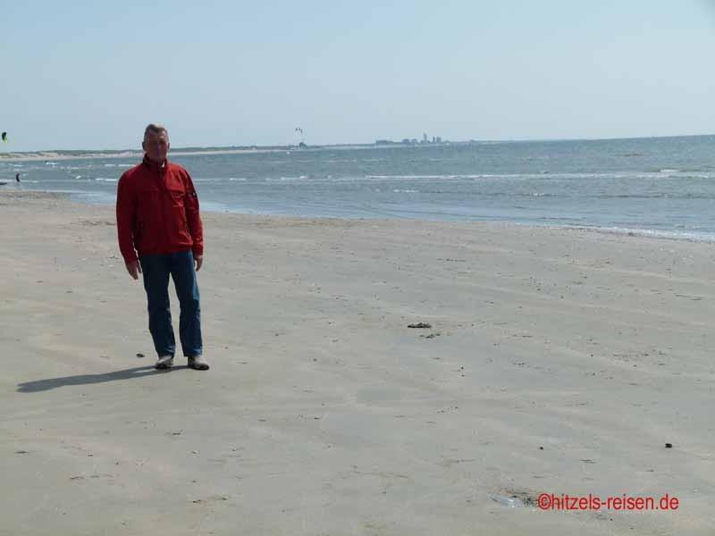 Der riesengroße Strand von IJmuiden
