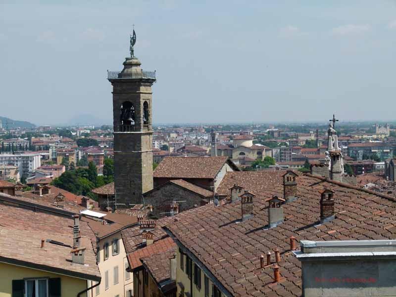 und auf Bergamo