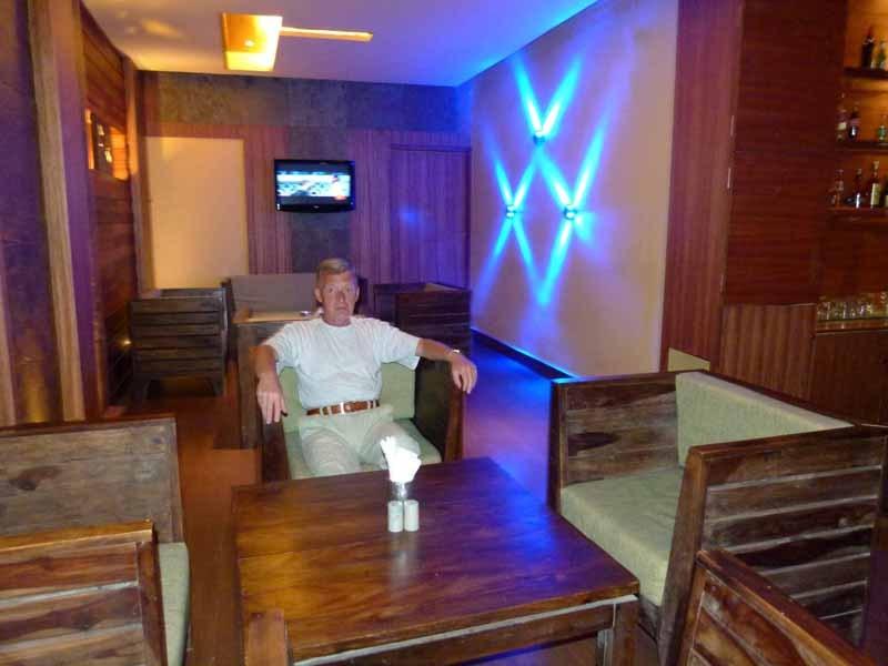 Abends in der Bar