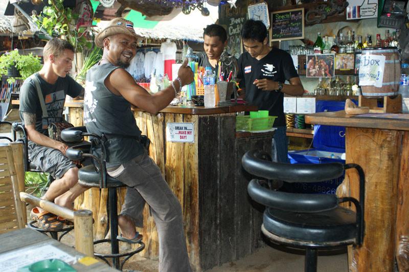 Der Besitzer der Bar