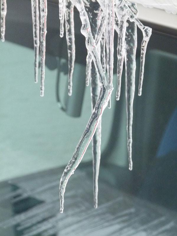 Eis am Womo-Dach