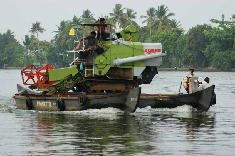 Warentransport auf den Backwaters
