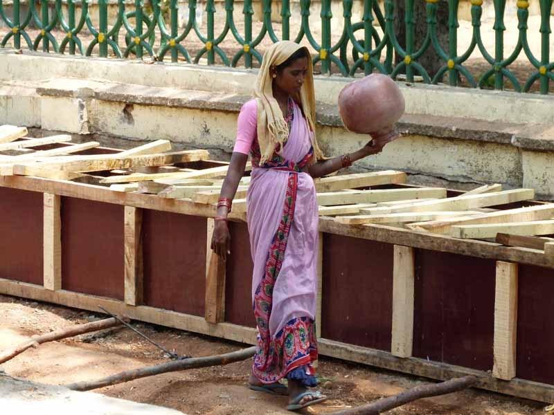 Straßenarbeiterinnen