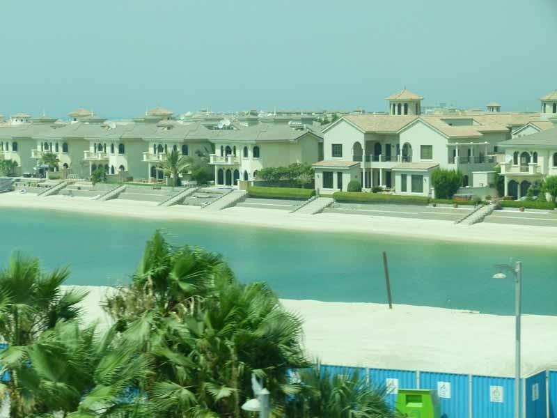 Einfamilienhäuser auf der Palme