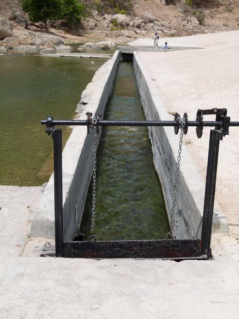 Der Bewässerungskanal zu Sultans Plantagen