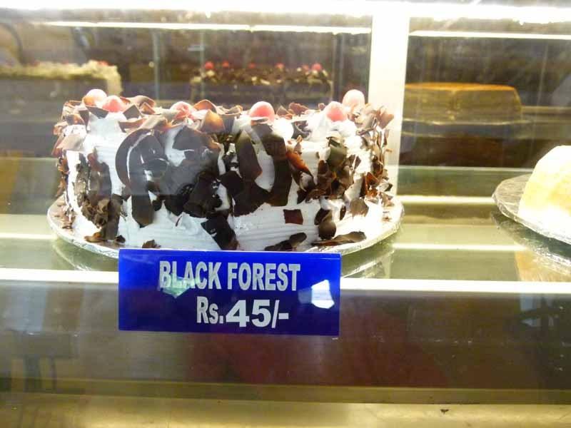 Die Schwarzwälder Kirschtorte im Hotelrestaurant
