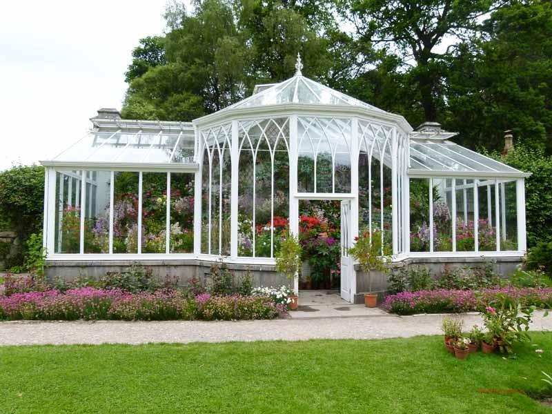 .... in die königlichen Gärten