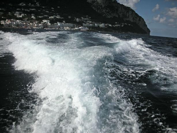 Mit Volldampf geht es zur Inselrundfahrt
