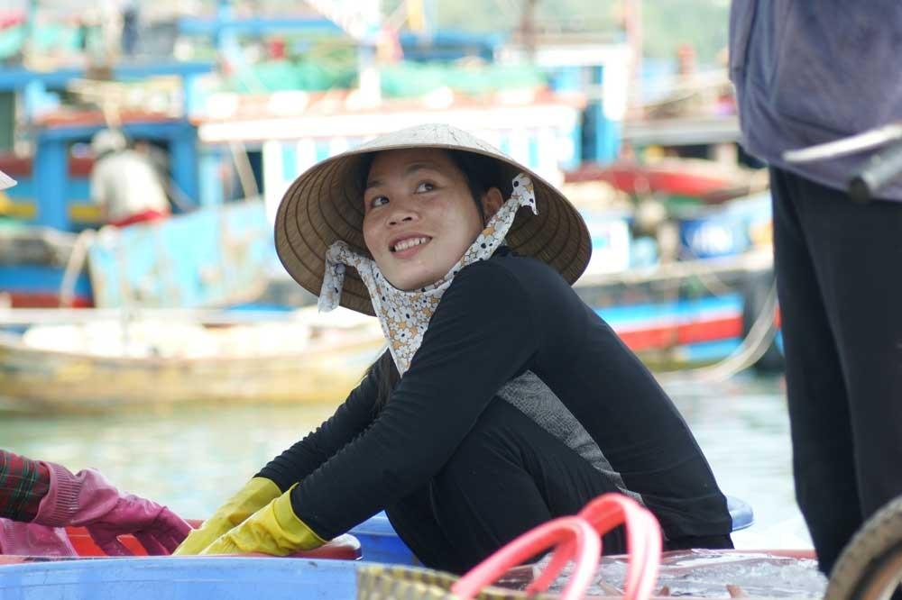 Arbeiterin im Hafen