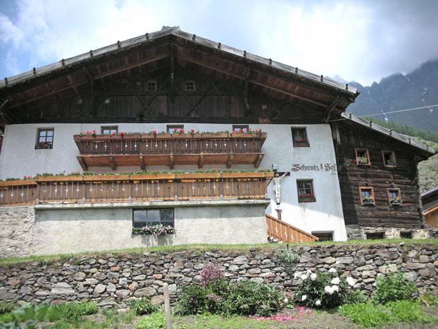 der Schnatzhof auf 1.500 m Höhe