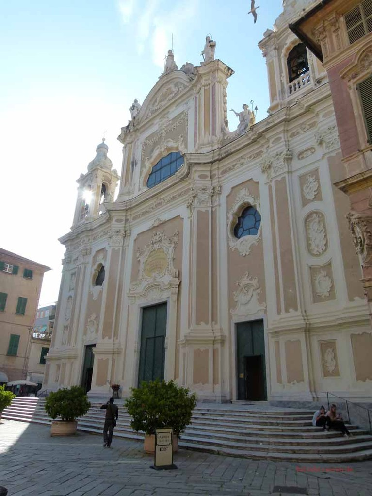 Kirche in Finale Ligure