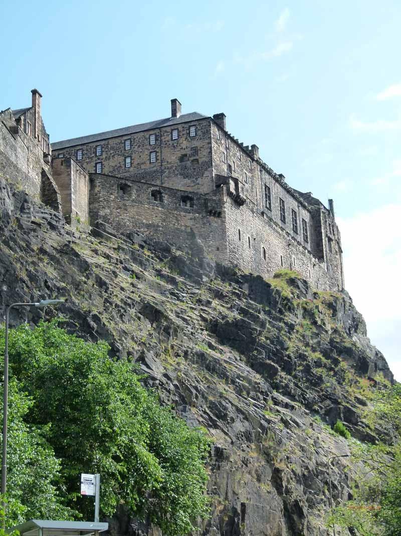 Trutzig liegt das Castle auf einem Berg
