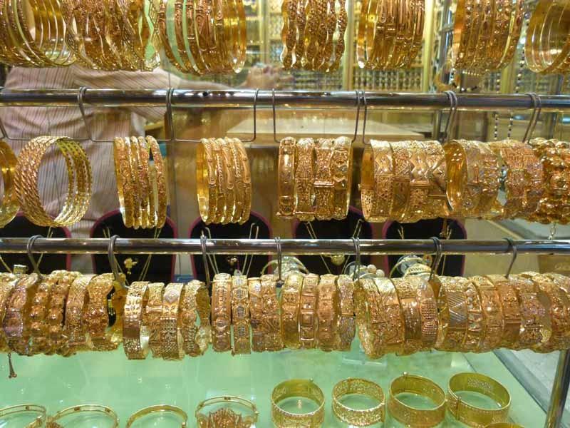 Goldschmuck wird viel und reichlich gekauft und getragen