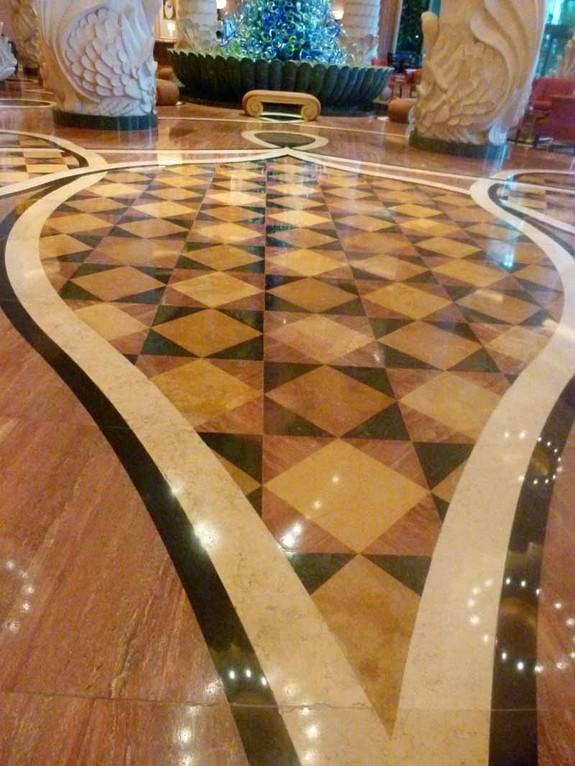Die schönen Fußböden im Hotel